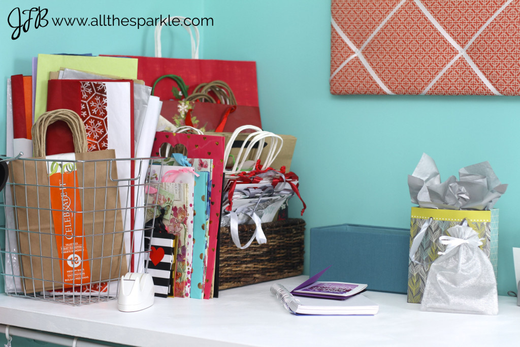 Gift wrapping station www.allthesparkle.com